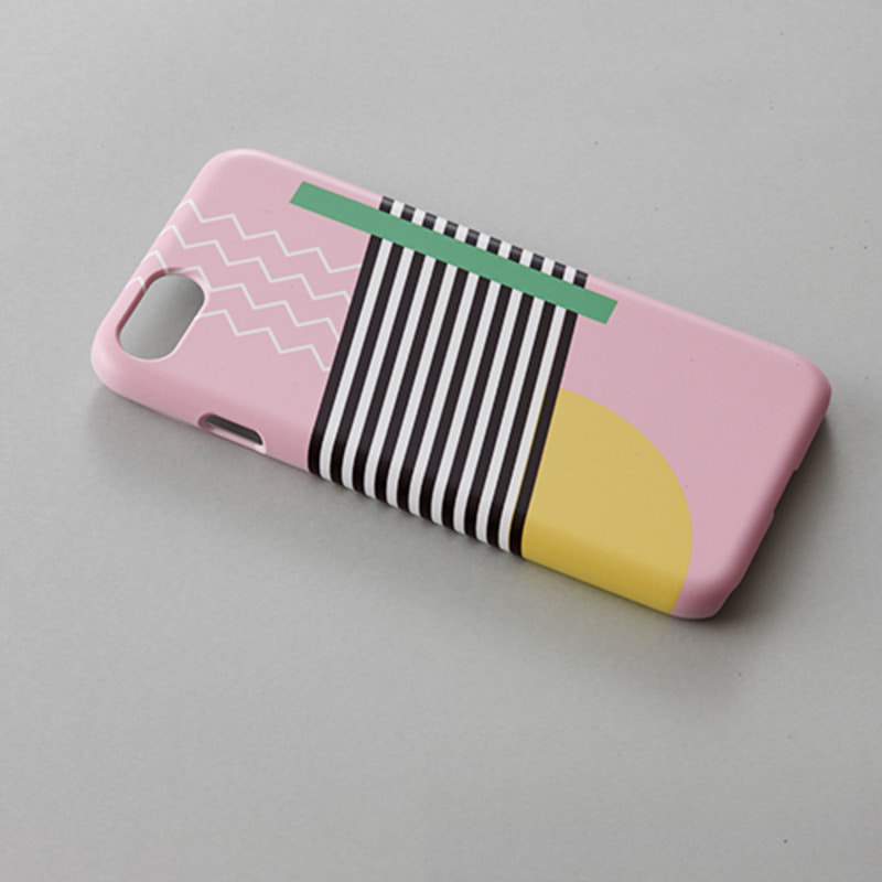 Margot tenene IPhone case