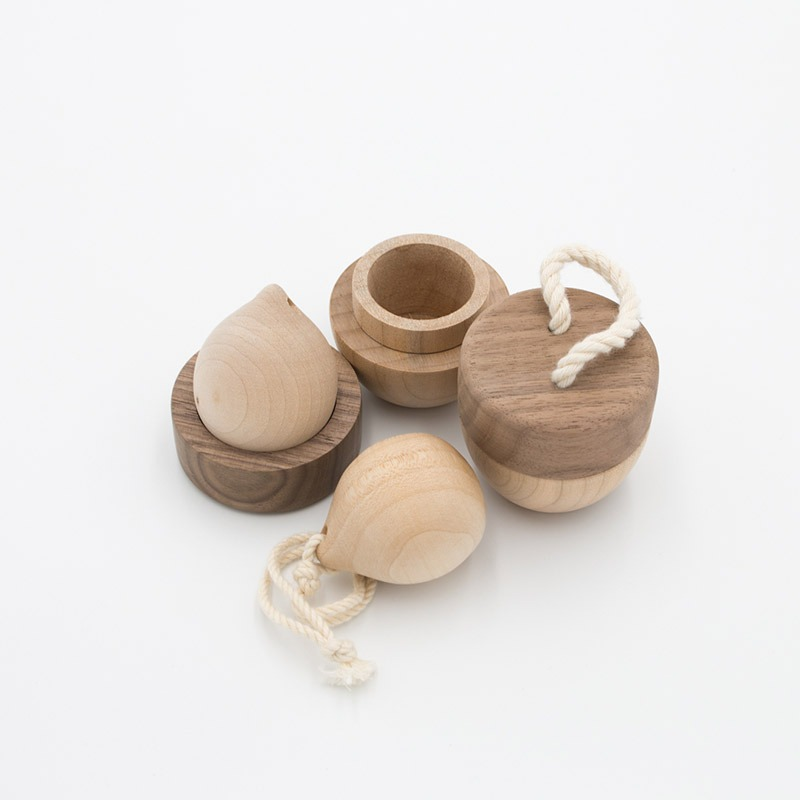 nuts set_(wooden object)