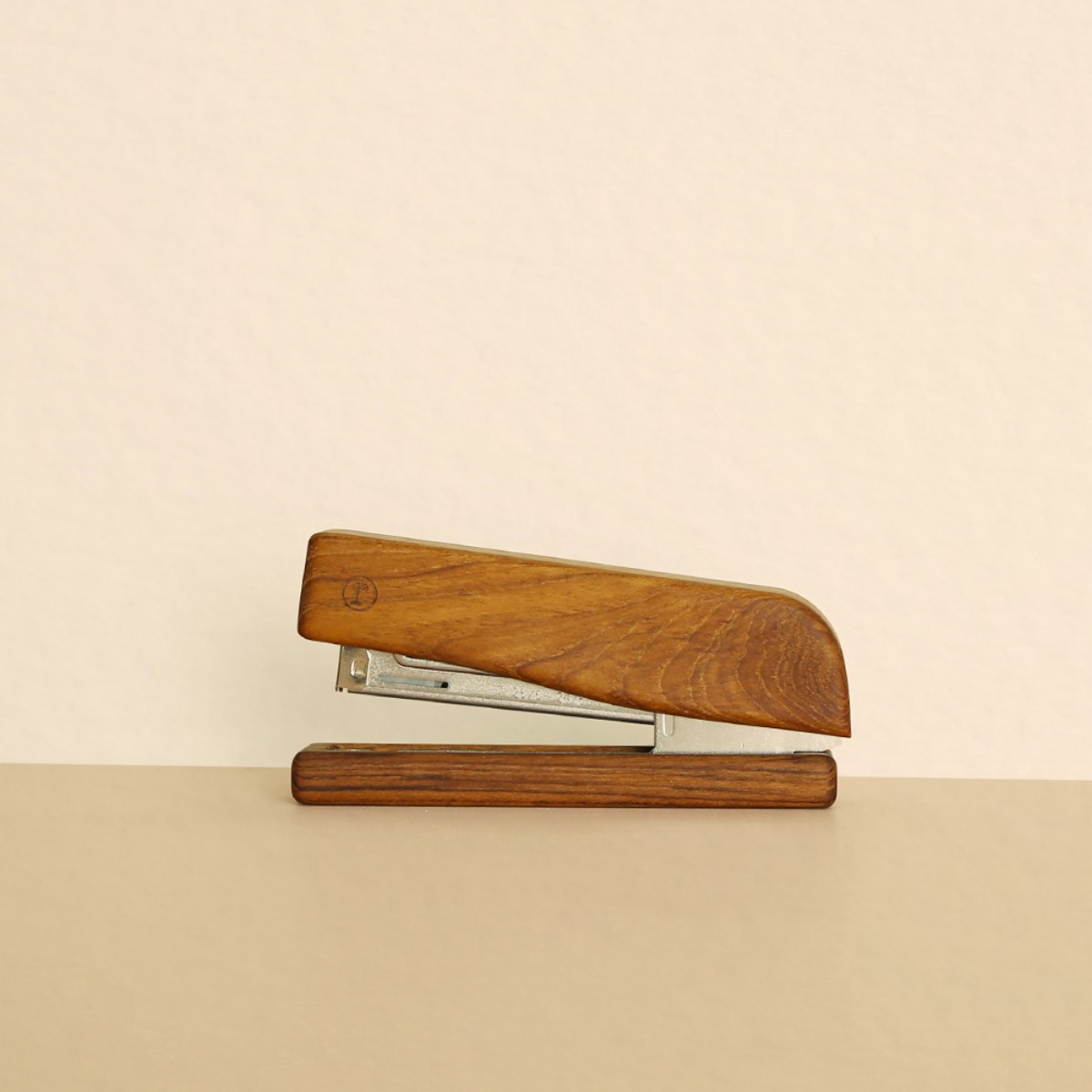 Stapler (ANC-OFFICE-002)