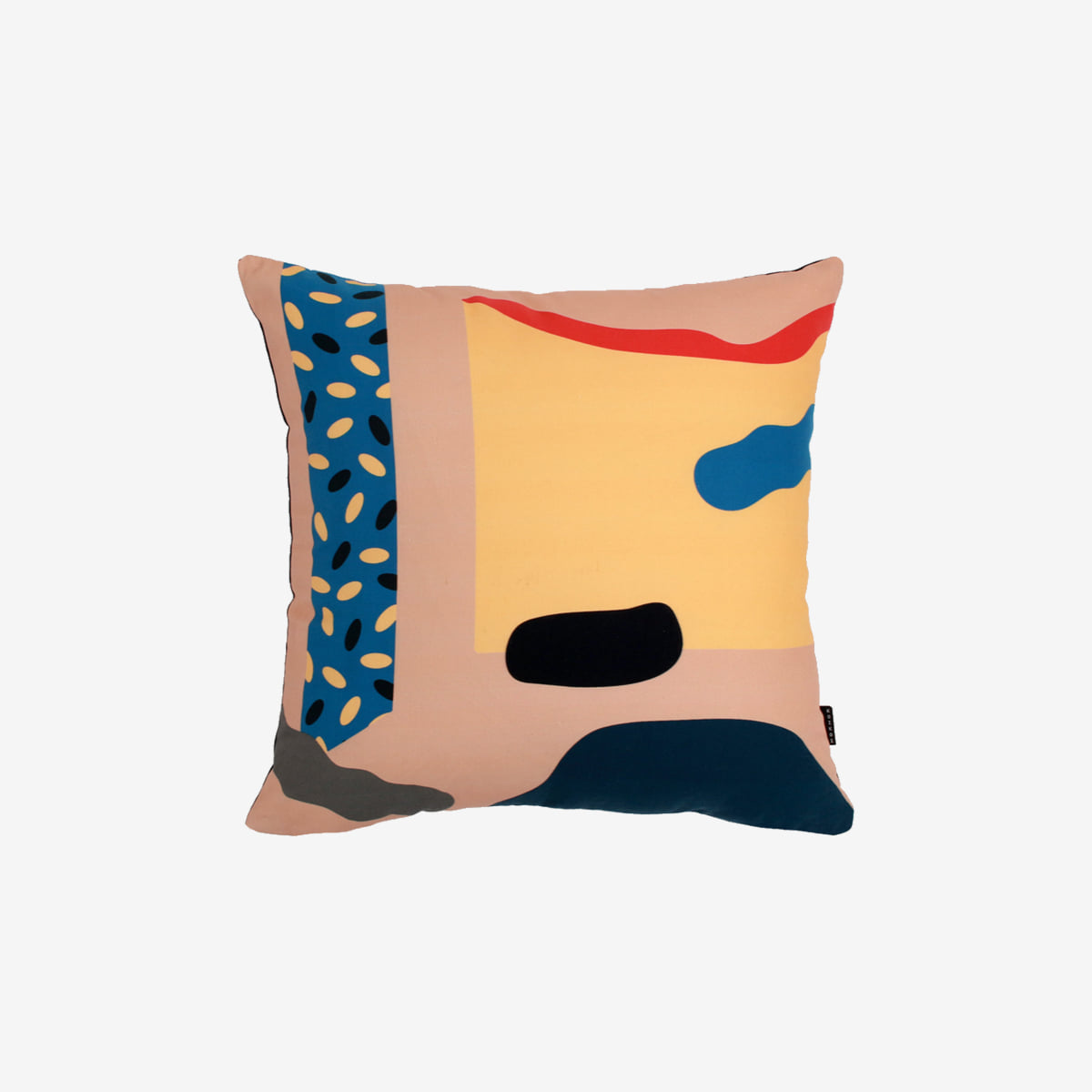 Cutouts - beige cushion